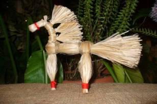 Лошадка из лыка своими руками 85